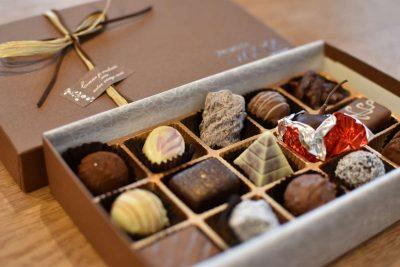 チョコレート箱入り
